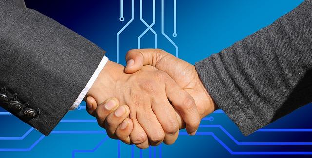podané ruce – uzavření smlouvy