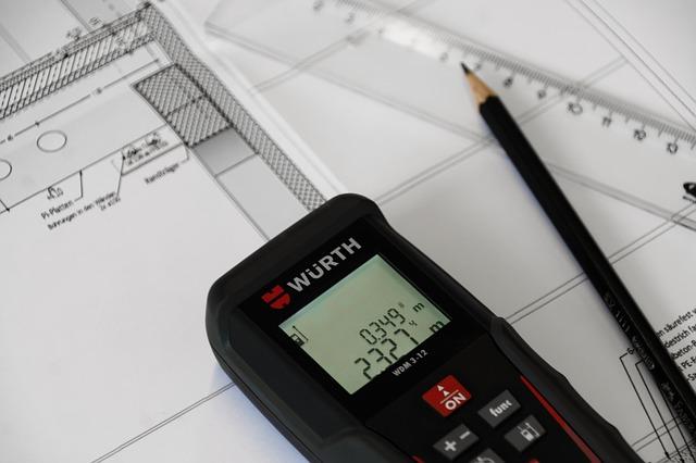 výkres stavby domu a dálkoměr